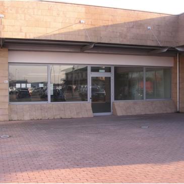 Vendesi / Affittasi negozio – San Stino di Livenza