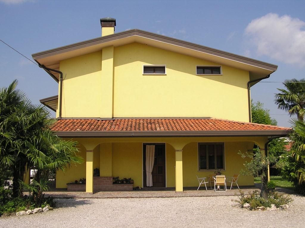 Vendesi concordia sagittaria agenzia immobiliare for Appartamenti arredati in affitto a portogruaro
